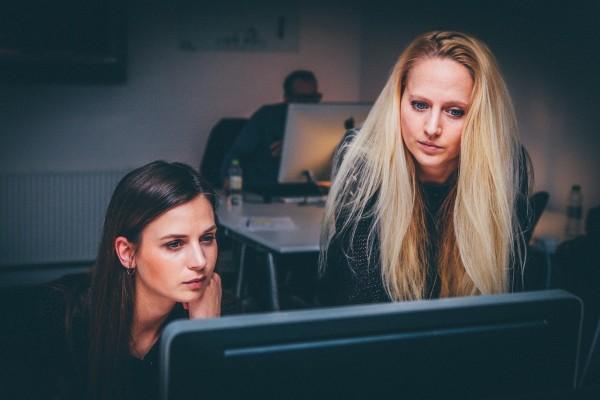 The Bauen Group Team - Women working on technology ideas - 600x400